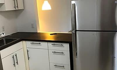 Kitchen, 5520 N Lakewood Cir 623, 1