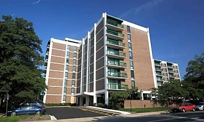 Building, 2121 Columbia Pike, 0