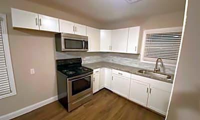 Kitchen, 3615 Bellmead Dr B, 2