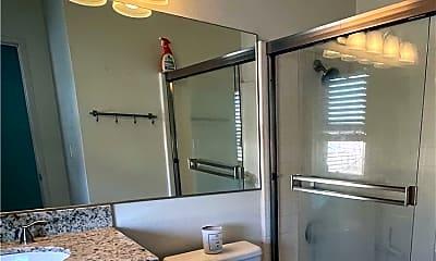 Bathroom, 150 Greenmoor, 2