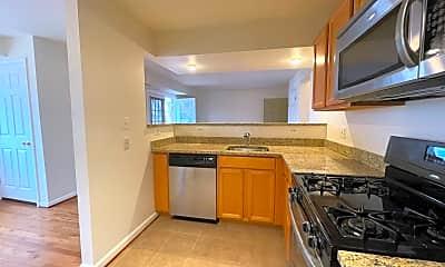 Kitchen, 2512 Markham Ln, 1