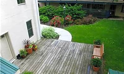 Patio / Deck, 101 King St 4, 2