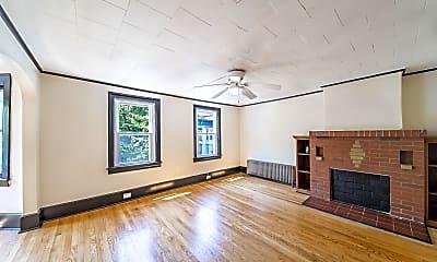 Living Room, 196 10th St, 1