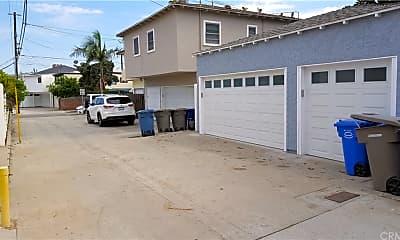 Building, 1413 Ocean Ave 1413, 2