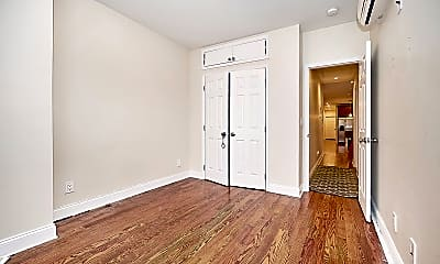 Bedroom, 280 W 115th St, 2