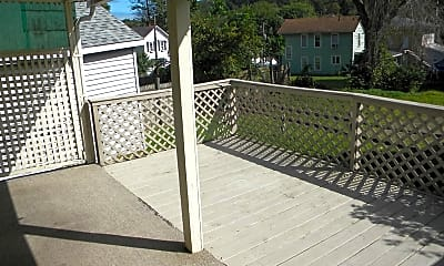 Patio / Deck, 166 Fenner Ave, 2