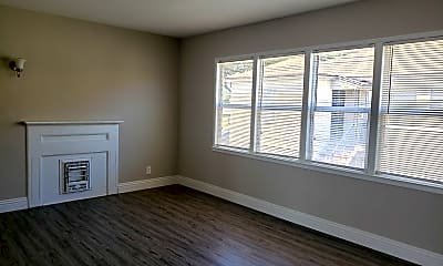Living Room, 2160 Magnolia Ave, 1