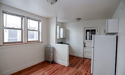 Kitchen, 2022 W Berwyn Ave, 1
