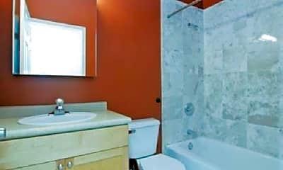 Bathroom, 1044 W Fulton Market, 0