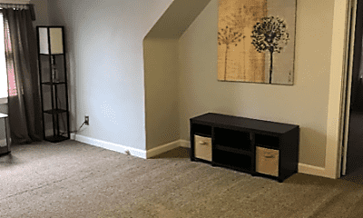 Living Room, 1353 Edwards Ave, 2