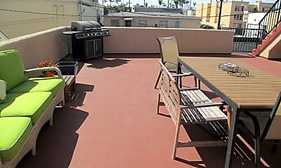 Patio / Deck, 3740 Sixth Ave, 2