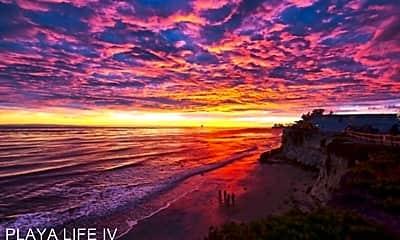 6741 Del Playa, 2