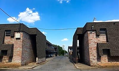 Hammond Manor, 2