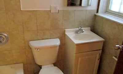 Bathroom, 41 Kingston Ave, 2