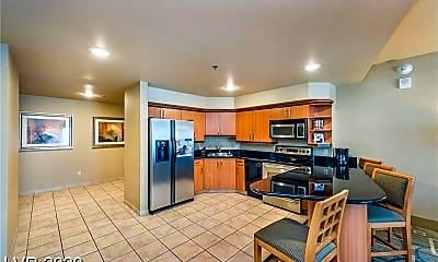 Kitchen, 211 E Flamingo Rd, 2