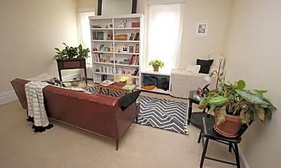 Living Room, 221 N Dithridge St, 1