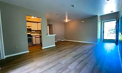 Living Room, 42453 Lilley Pointe Dr 47, 2