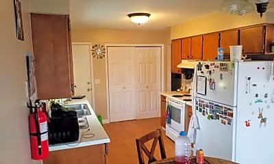Kitchen, 1305 16 1/2 St S, 0
