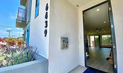Building, 6439 W 86th Pl, 1
