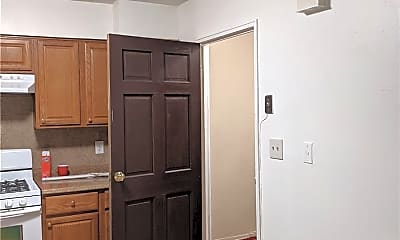 Kitchen, 25-15 77th St, 0