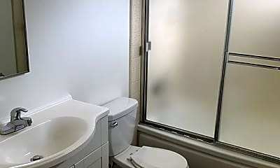 Bathroom, 3686 S Centinela Ave 10, 2
