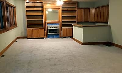 Kitchen, 612 S 10th St, 1