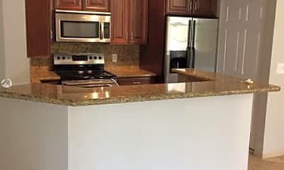 Kitchen, 19801 E Country Club Dr, 0