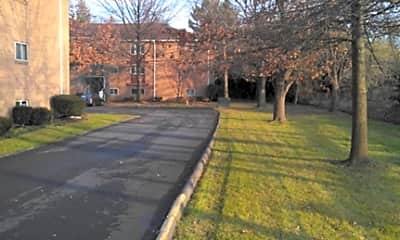 Park Run Apartments, 1
