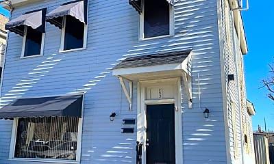Building, 753 Walnut St, 1