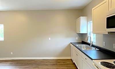 Kitchen, 3519 Balsam Ave, 1