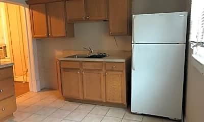 Kitchen, 426 Washington Avenue Southwest 2, 1