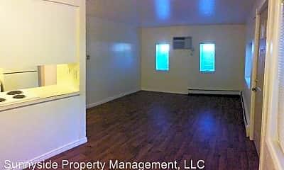Living Room, 4955 Moorhead Ave, 1