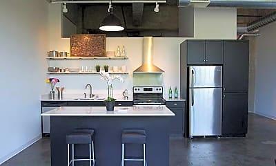 Kitchen, Junior House Lofts, 2