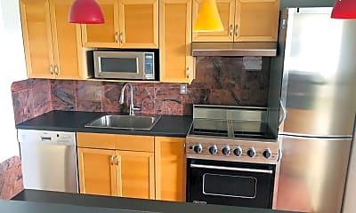Kitchen, 377 S Harrison St 18J, 0