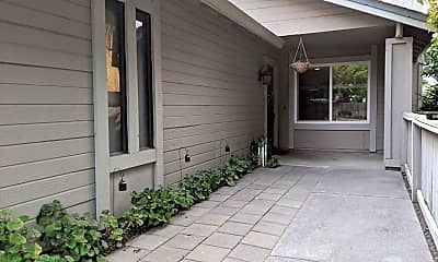 Patio / Deck, 5 Amaral Ct, 1