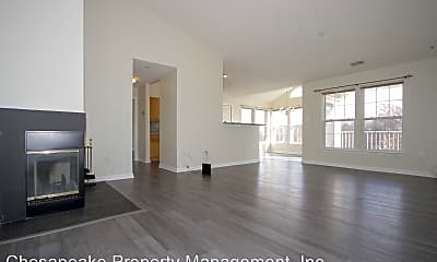 Living Room, 9732 Reese Farm Rd, 1