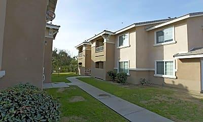 Building, Casa Loma Apartments, 1