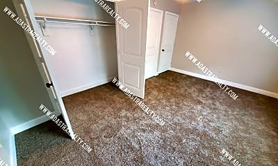 Living Room, 8320 N Spruce Ave, 2