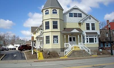 Building, 315 N Main St, 1