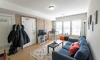 Living Room, 3652 W Eddy St, 1