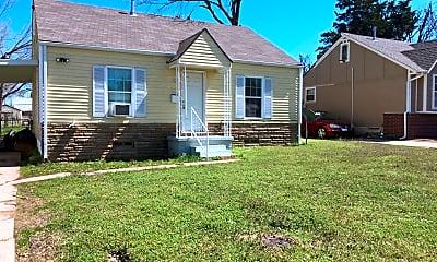 Building, 507 W Rickenbacker Dr, 2