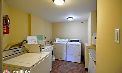 Kitchen, 2106 W Thomas St, 2