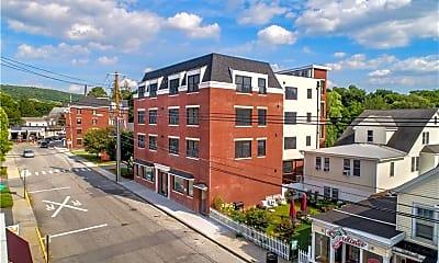 Building, 23 E Main St 4B, 0
