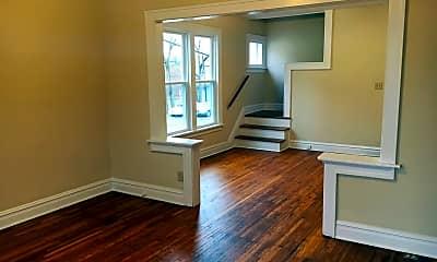 Living Room, 194 E Hudson St, 1