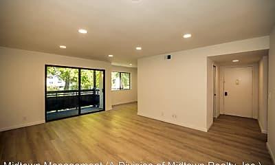 Living Room, 765 San Antonio Rd, 1