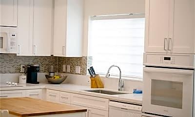 Kitchen, 1187 Crenshaw Blvd 107, 2
