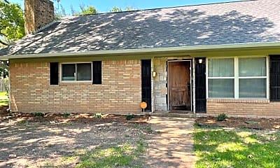 Building, 5719 Fairview Dr, 1