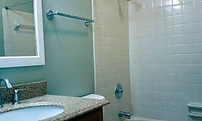 Bathroom, 228 4th Ave N, 2