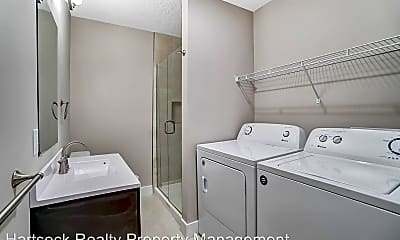 Bathroom, 315 N Elizabeth St, 2