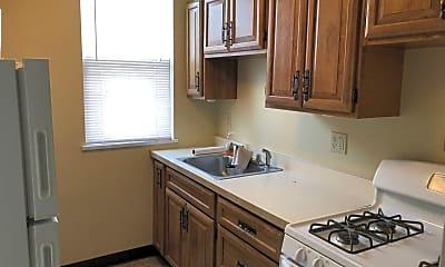 Kitchen, 611 Brookline Blvd, 0
